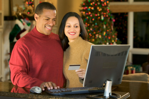 The Dangers of Maxing Out Our Your Credit Card For Christmas