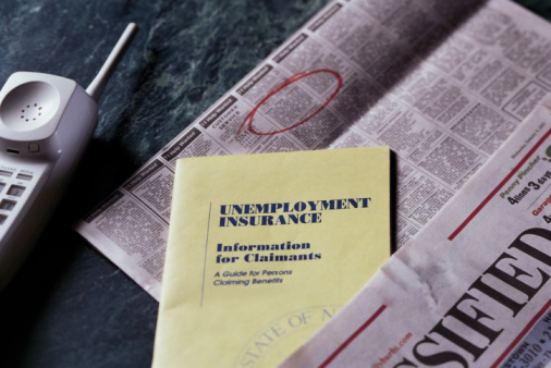 Unemployment Drops to 8.6% but Economists Warn of Future Struggles