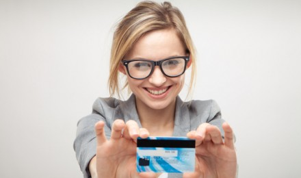 Does It Make Sense to Pay Taxes By Credit Card
