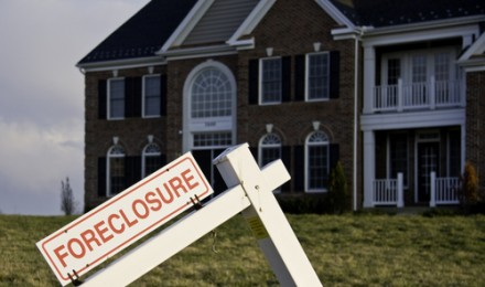 Glut of Foreclosures Puts Pressure on Atlanta Real Estate Market