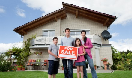 Simple Steps to Get Your House Ready to Sell This Summer