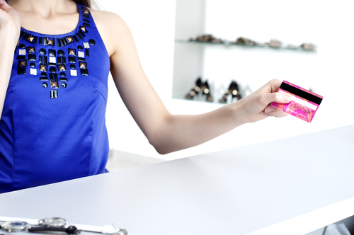 Credit Rating Impact of Getting Signed Up for Credit Cards at the Checkout Counter