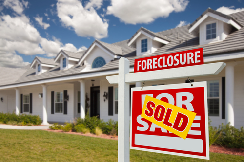 Four Ways To Protect Yourself When Buying a Foreclosure