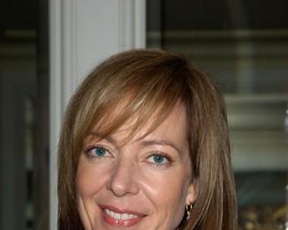 Allison Janney Has Multi-Million Dollar Palm Springs Home Foreclosed