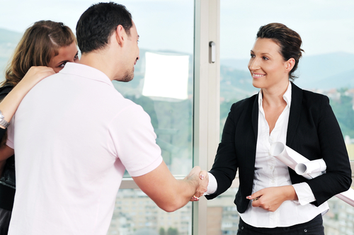 Tips For Negotiating an Offer On a House In a Seller's Market