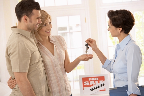 Strategies for Bidding on a House