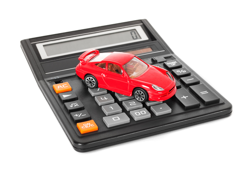 Using a Car Payment Calculator to See if You Can Afford a New Car