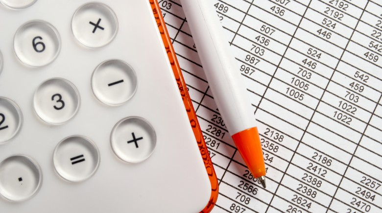 4 Tips for Using a Financial Calculator to Plan Your Retirement