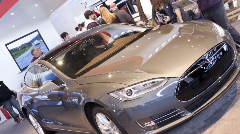 Tesla Motors – Invest? Buy One? Or Will It Flop?