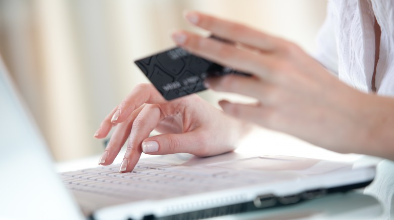 Four Tips for Safe Use of a Credit Card Online