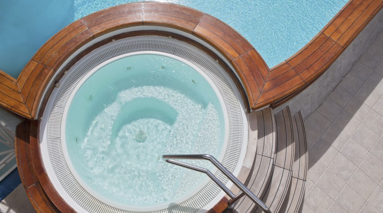 House Buying: Is a Pool, Hot Tub or Jacuzzi Worth It?